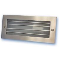 Lampada applique esteriore da incasso a parete in alluminio con griglia. 60W E27 IP54, color nichel satinato