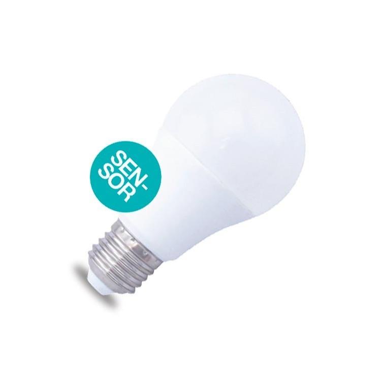 Lampadina LED E27 con sensore crepuscolare 10W 806lm 6000K ...